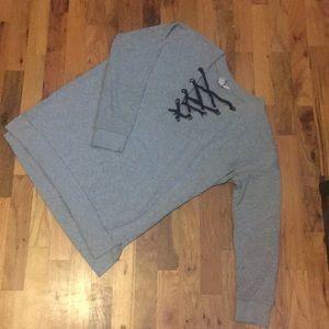 Arizona Grey Pullover! Size Medium